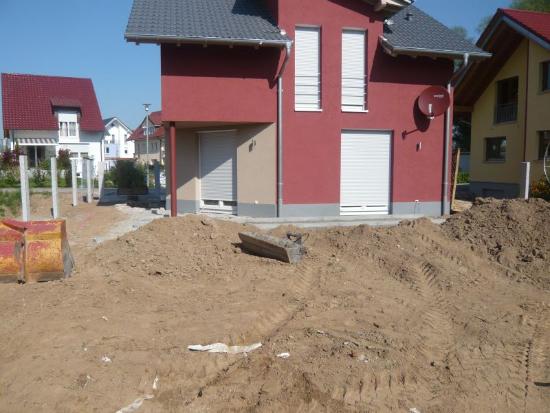 kenzingen-2010-neueanlage-eingang-garten-zaun-terraze-bepflanzung-14