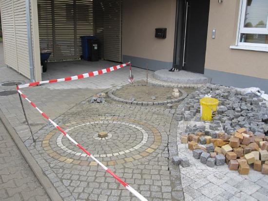 kenzingen-2010-neueanlage-eingang-garten-zaun-terraze-bepflanzung-3